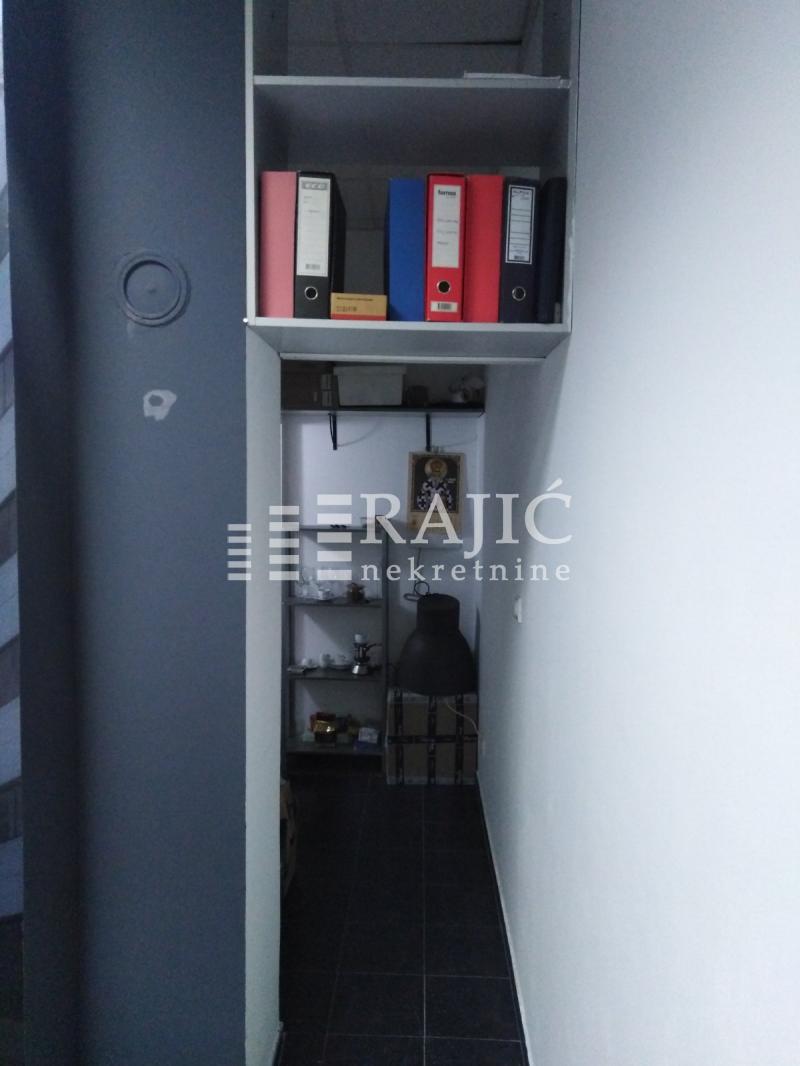 Lokal Prodaja BEOGRAD Zvezdara Đeram pijaca